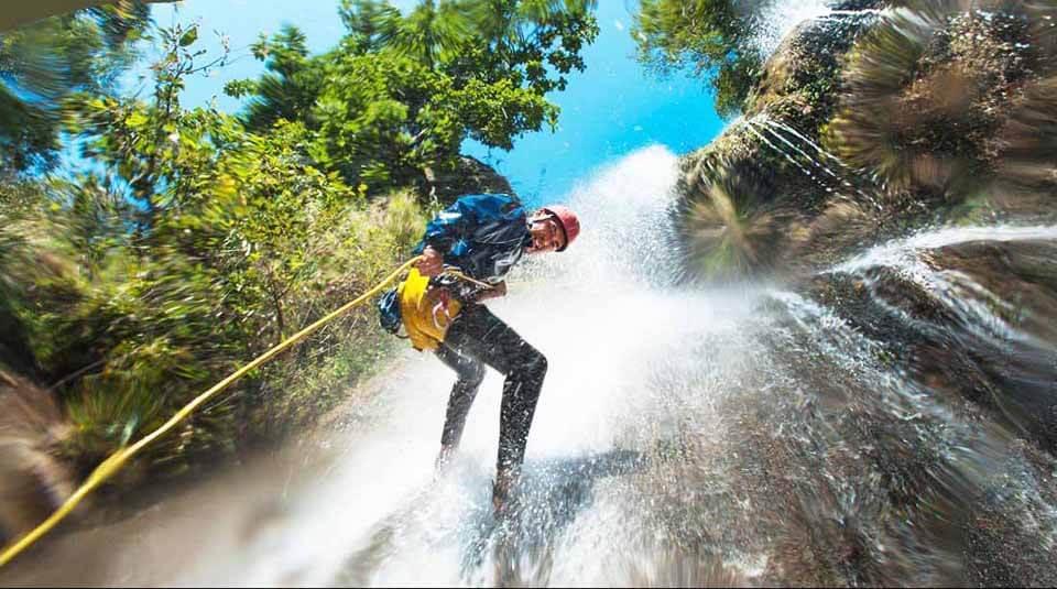 nepal-canyoning
